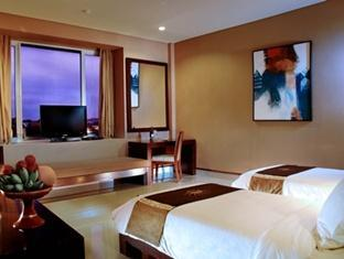 Hotel Rooms With A Balconey In Banjarmasin